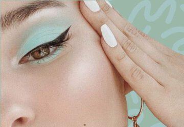 Pastel Green Eyeshadow