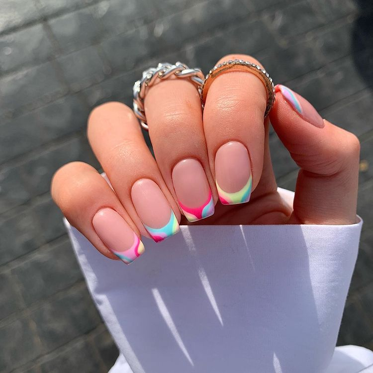 Groovy Nails